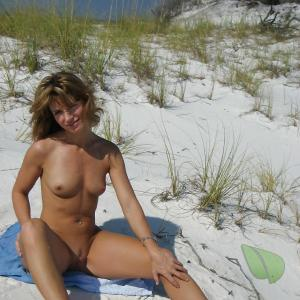 Free female nudists