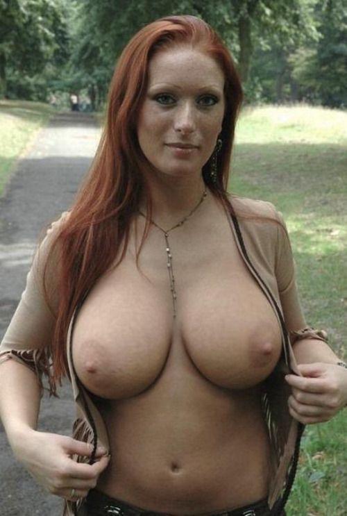 Hot nude moms big boobs