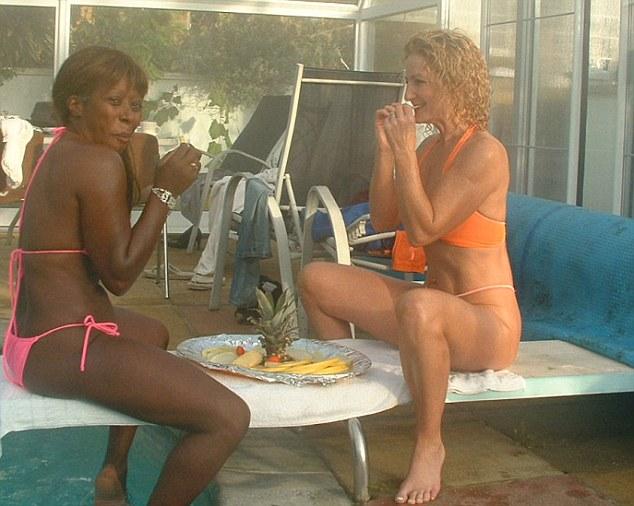Sex swinger pool party