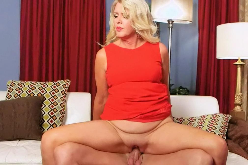 Free hardcore mature porn clips