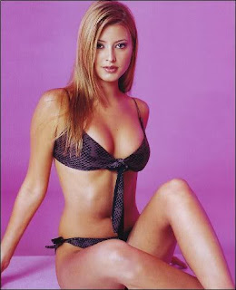 Holly valance hot