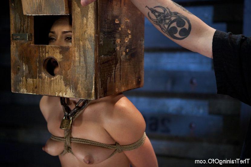 Hot naked black girl fucked in ass