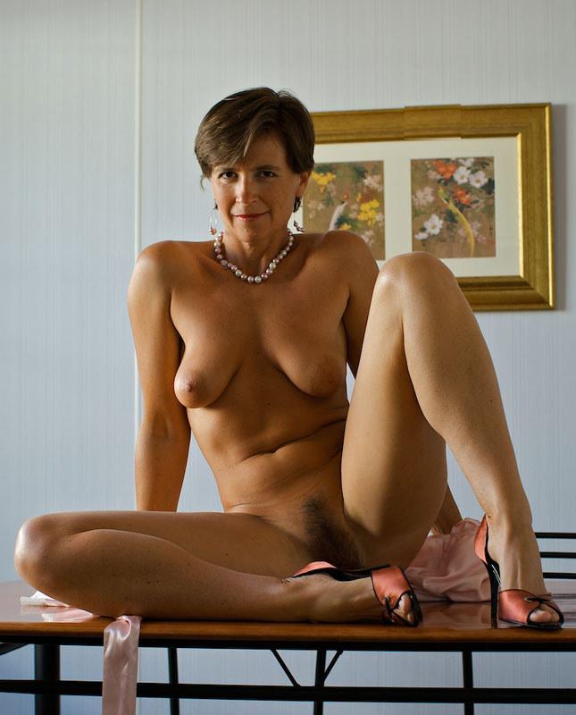 Hot naked moms tube