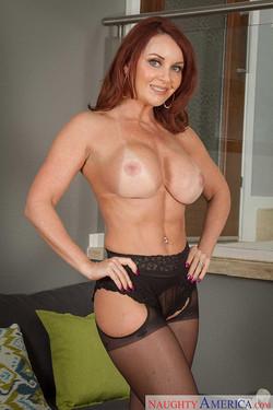 Redhead milf pornstar