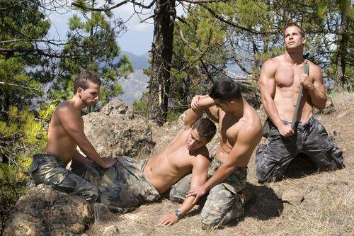 sex Gay soldier