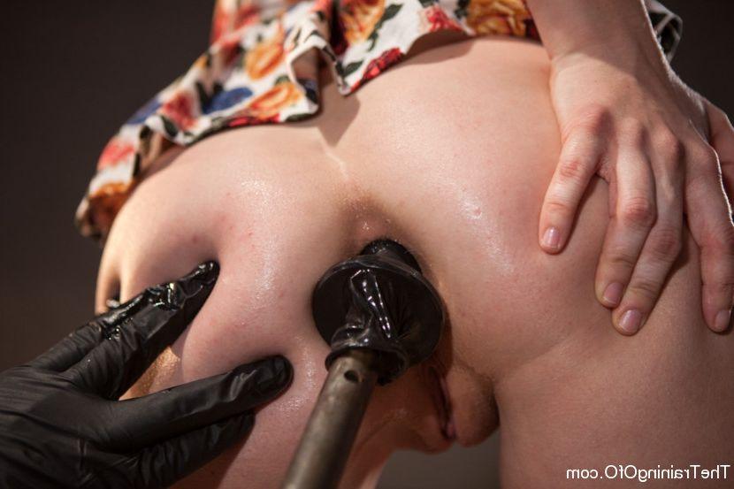 Amateur big natural tits blowjob