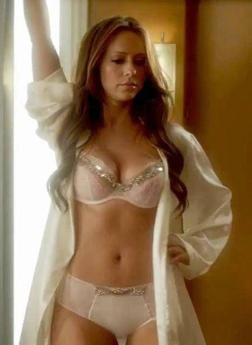 Jennifer love hewitt fake nudes big tits