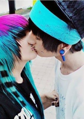 Cute emo couples kissing