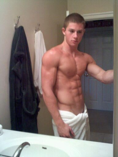 Gay muscle college men