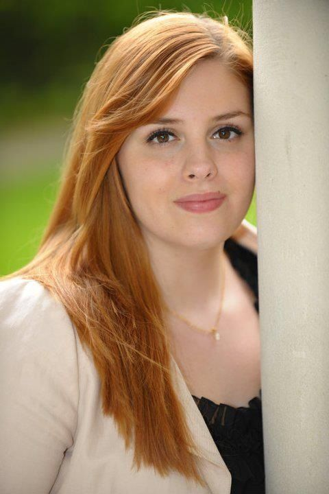 Beautiful chubby redhead teen