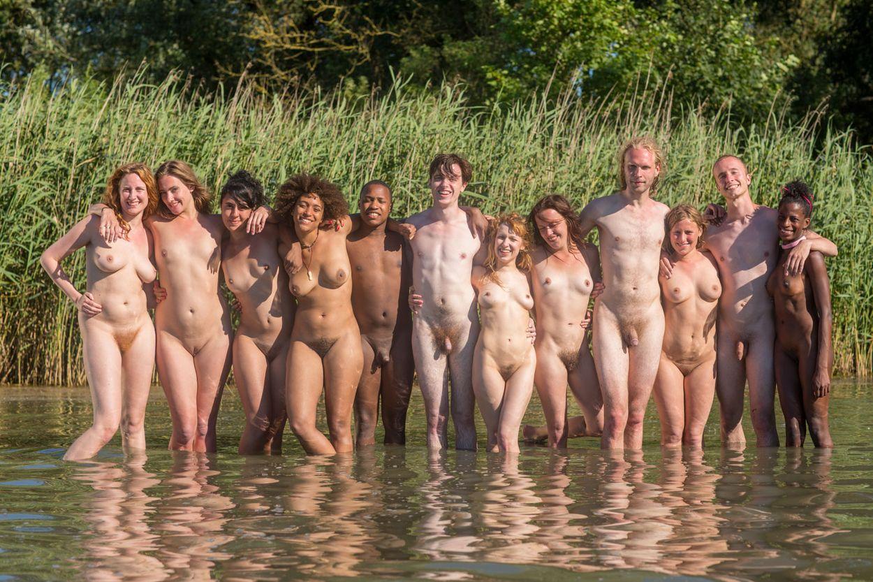 Game girls nude beach