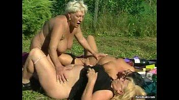 Black granny lesbian milf porn