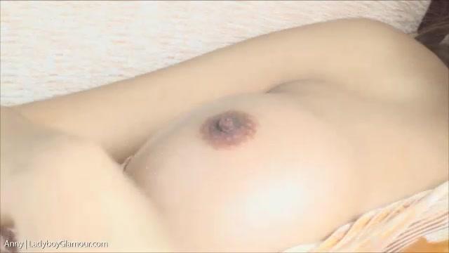 Genital herpes in women