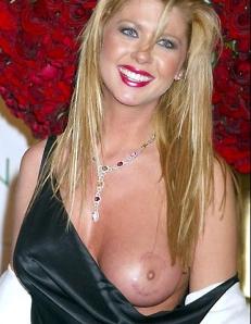 Tara reid naked