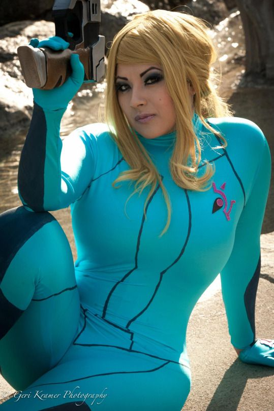 Zero suit samus cosplay porn