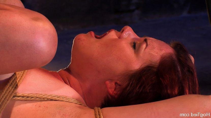 Miley cyrus emily osment lesbian fakes