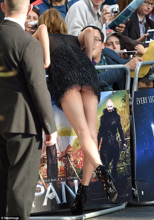 Too short dress showing ass