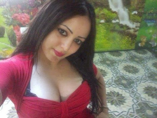 sexy-arab-girls-boobs