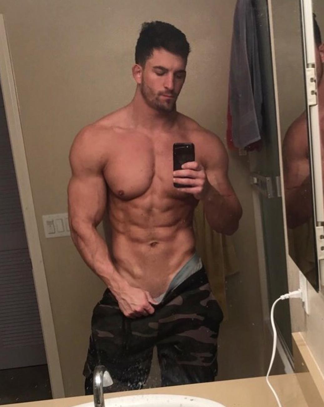 Gay muscle pornstars