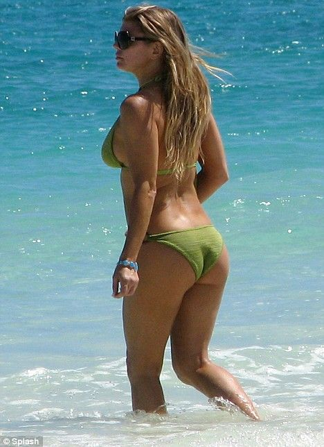 Fergie in bikini and nude photos