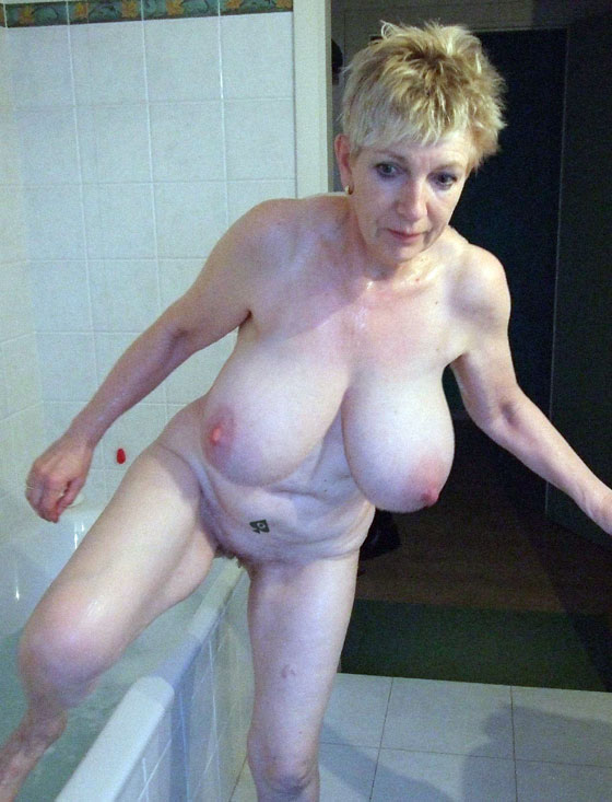 grandma-with-big-tits-oiled-nude-ladies