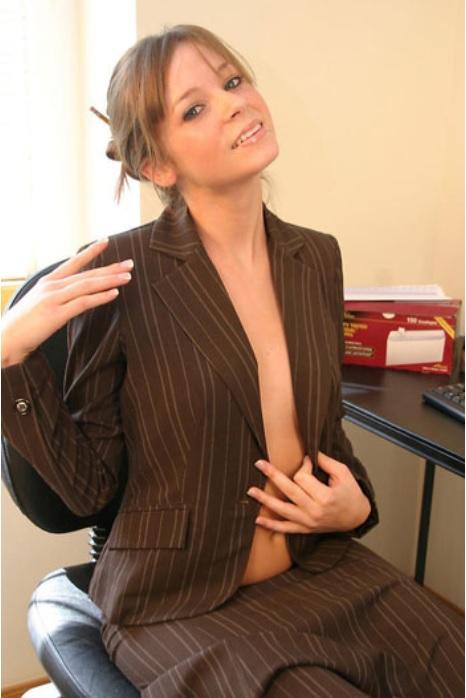 brazilian porn star nude Kelly