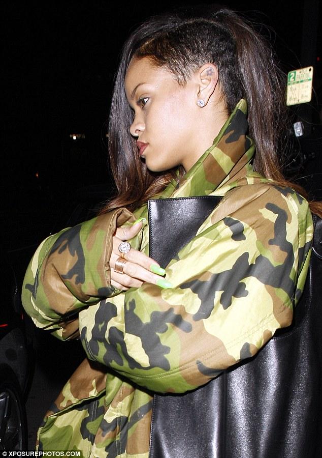 Rihanna samuel blonde camo