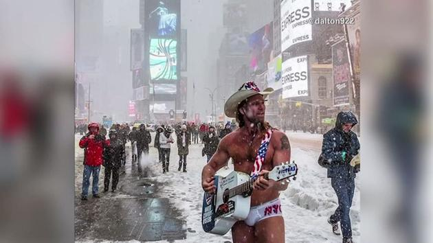 Naked girl nyc blizzard