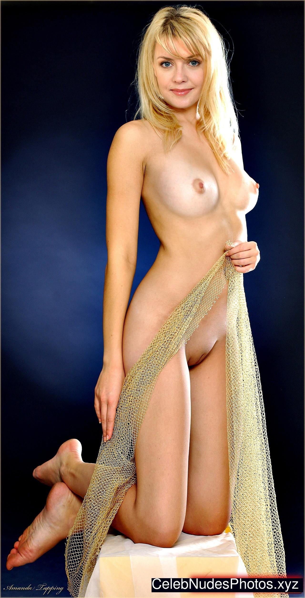 Amanda Cerny Nackt amanda tapping has big tits - big bouncing tits - quality porn