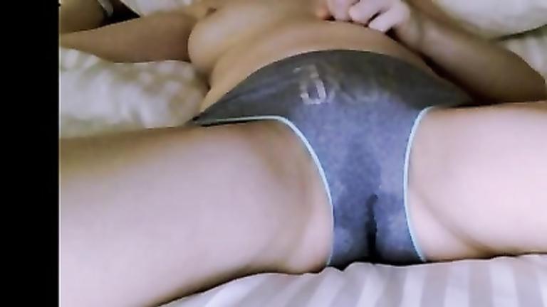 panties Dripping pussy juice