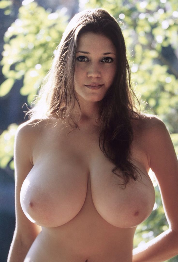 Nude women big natural breasts