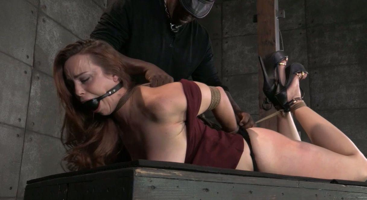 Carolina dieckmann leaked nude photo scandal
