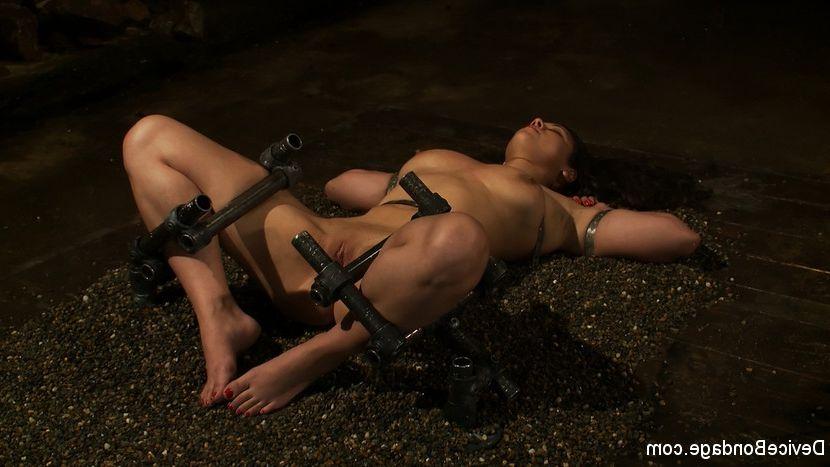 Black porn star misti love pussy