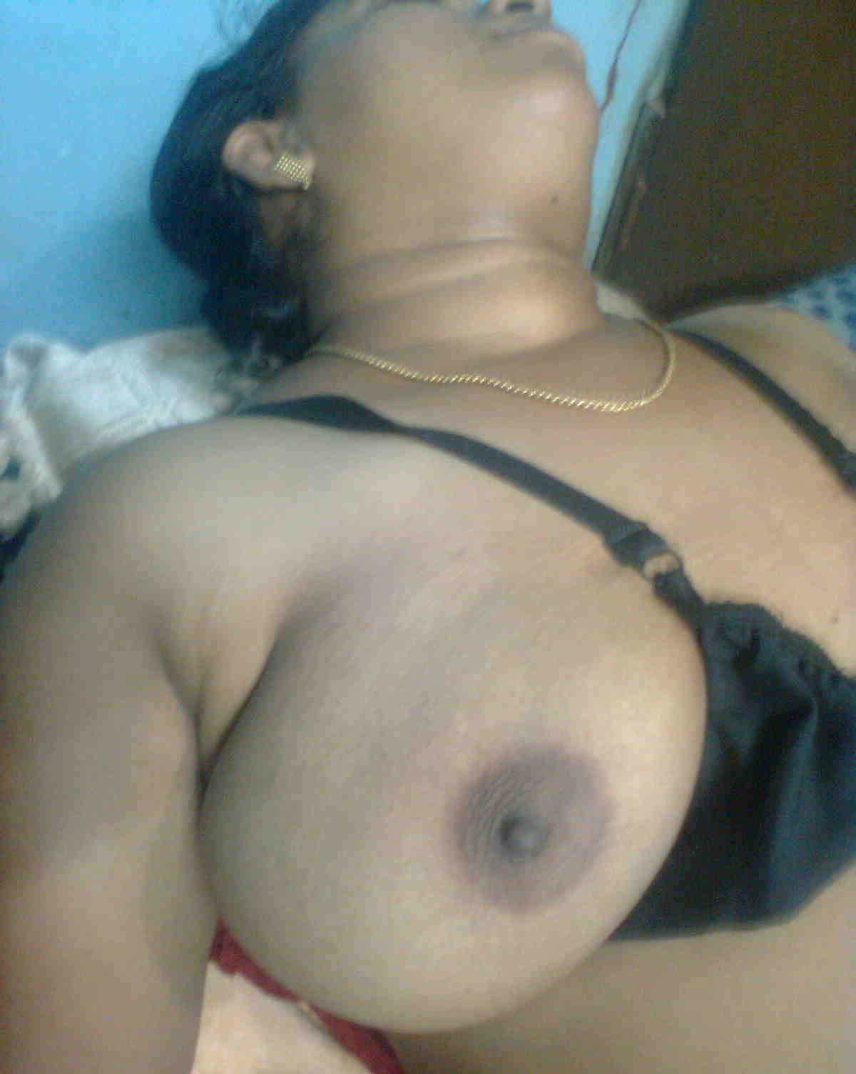 Desi indian aunties big boobs