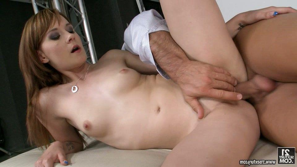 Sex yara eggimann
