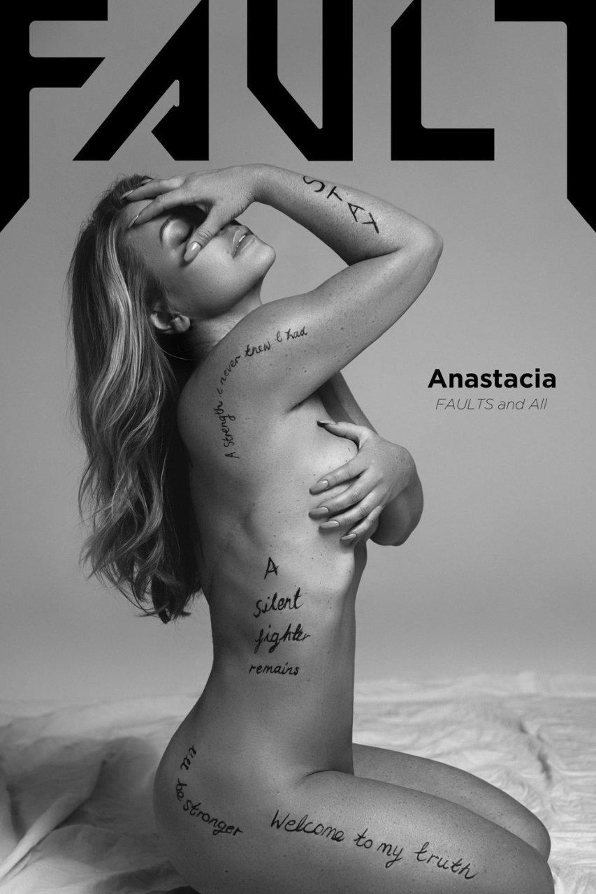 newkirk nude Anastacia