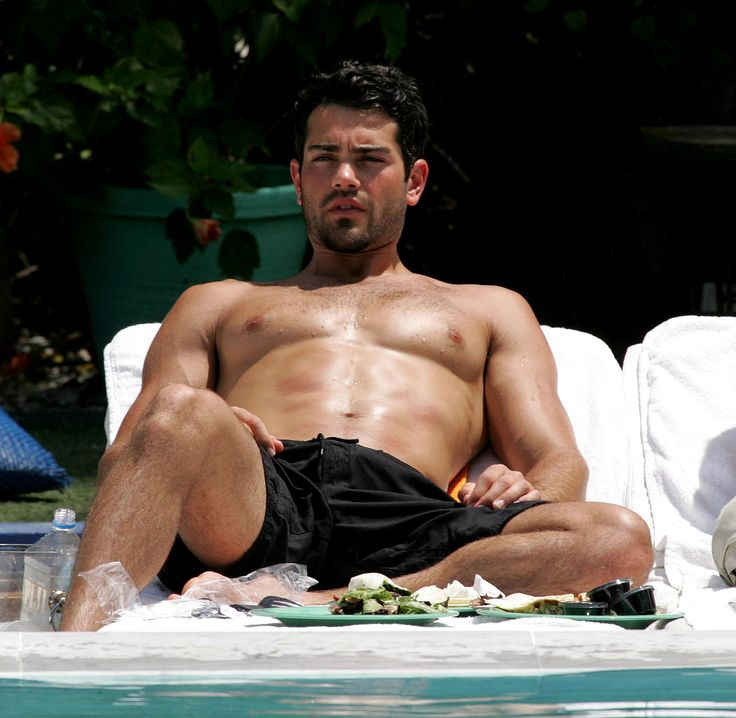 Jesse metcalfe toes
