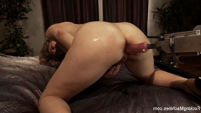 Sexy thai girl nude massage