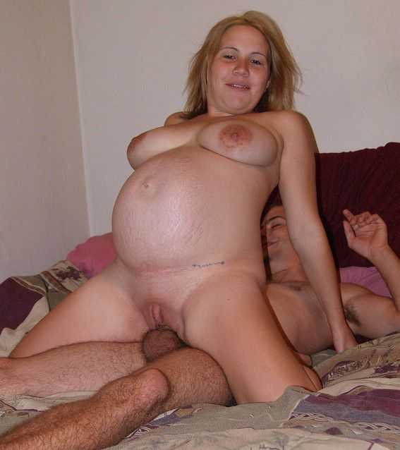 Pregnant housewife porn