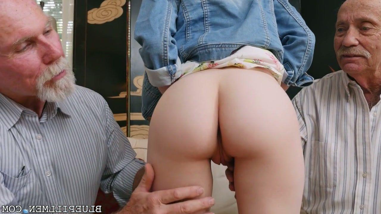 Skinny girls hardcore sex