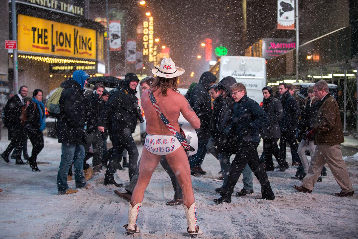 Naked girl nyc blizzard