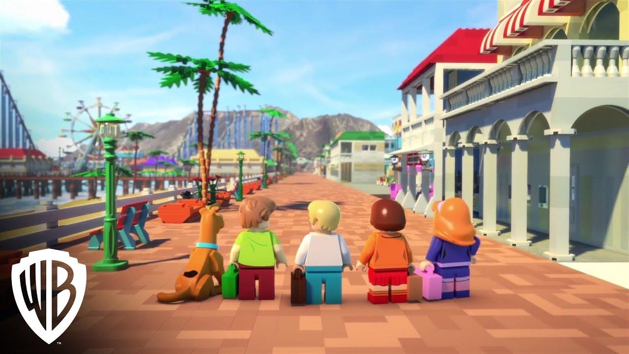 Scooby doo velma beach