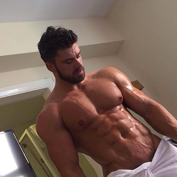 Men bulging bulges shorts voyeur bears