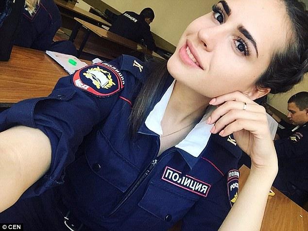 Russian girl shows ass