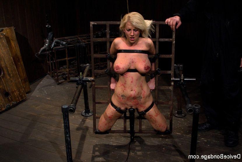 Lisa ann gangbang nude — img 6