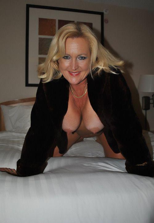 Elegant mature grannies porn images