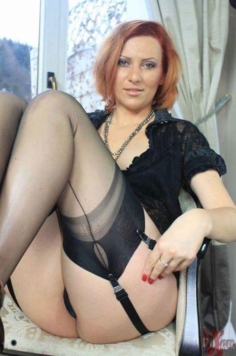 stockings seamed Mature women