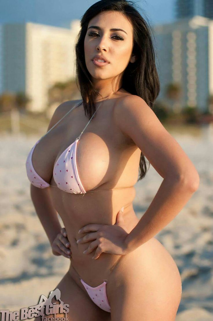 Sexy bikini models nude