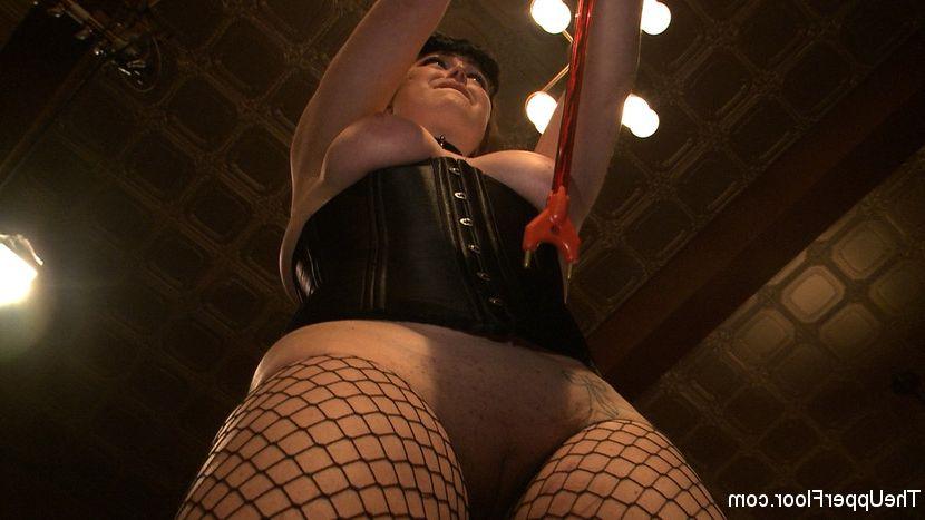 Big booty hentai