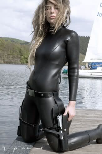 Hot girls wetsuits fetish
